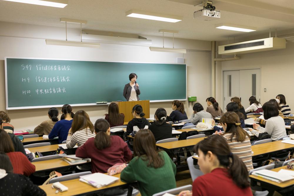 A校舎(講義室)