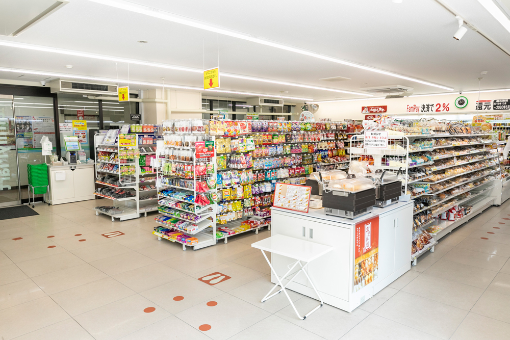 C校舎売店(ファミリーマート2)
