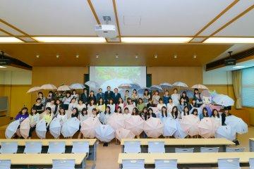 京女オリジナル日傘完成!京女パラソル大使任命式を開催 | 京都女子大学 受験生サイト京女倶楽部